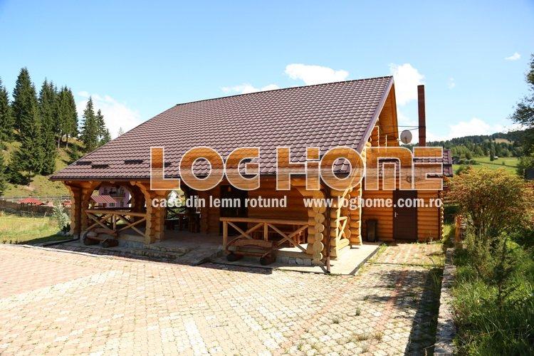 casa busteni lemn rotund